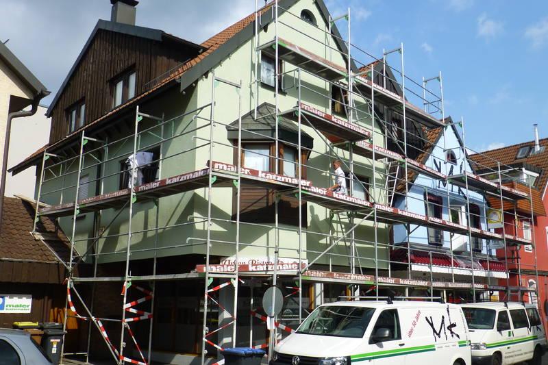 Fassadengestaltung am eigenen Fachgeschäft August 2016